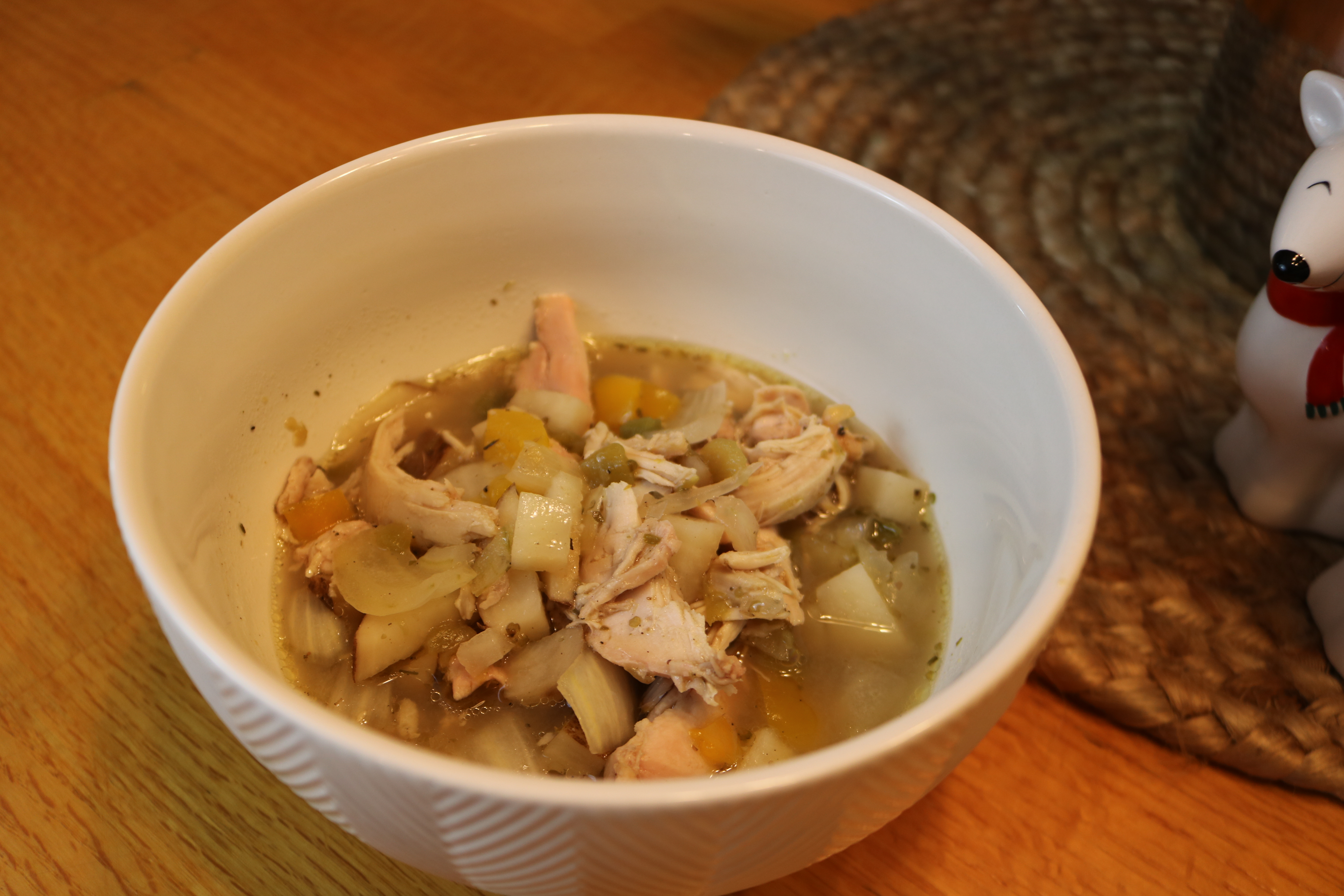 Whole30 White Chicken Chili (Slow-Cooker)